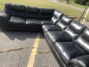 Black leather sectional couch for Sale in Capitol Heights, MD