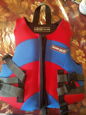 Ocean Pacific child life vest 30-50 lbs for Sale in Sterling, VA