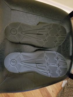 Under Armour Youth Size 6 Shoe Thumbnail
