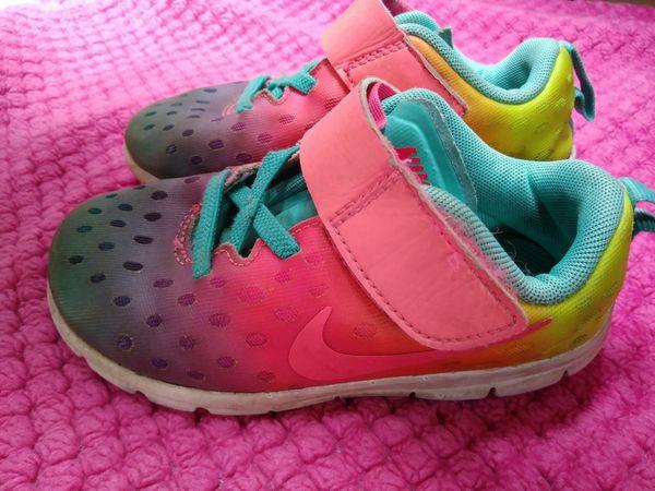 super cute 3c1e9 6f7c0 Girls toddler Nikes size 9c (Baby   Kids) in Enumclaw, WA - OfferUp