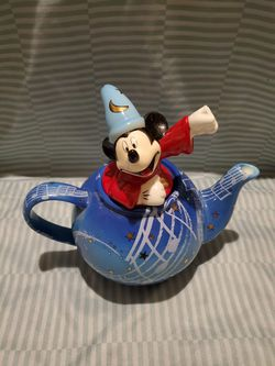 Disney showcase collection yr 2000 sorcerer mickey Thumbnail