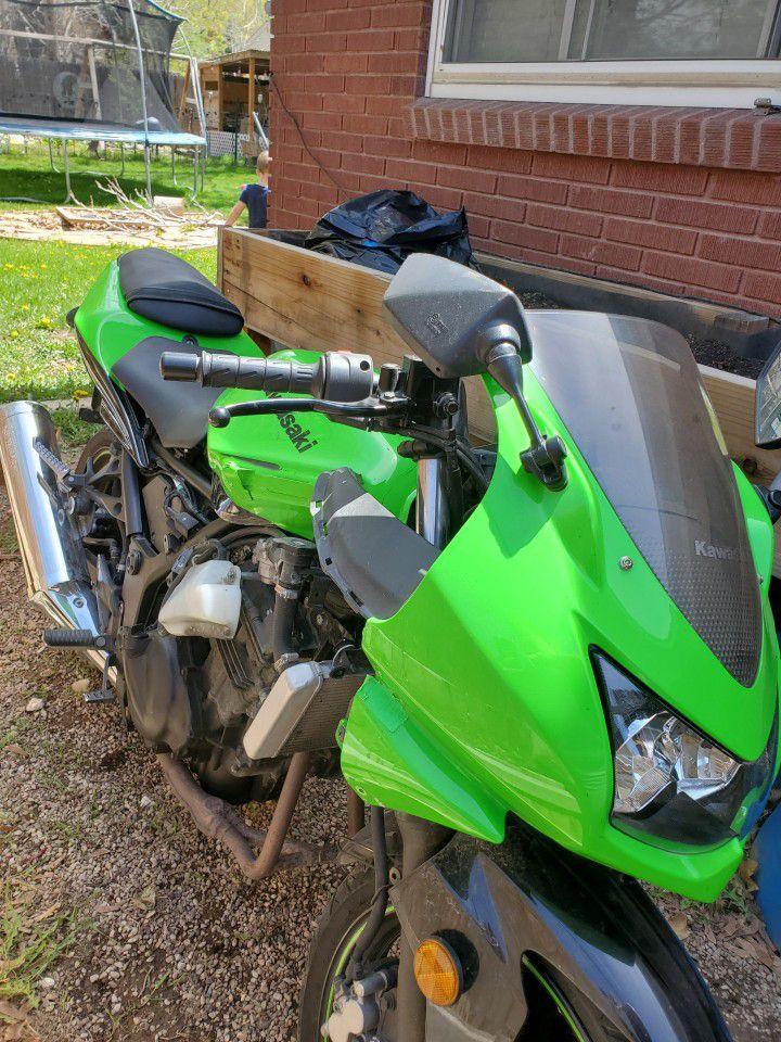 Photo 2009 Kawasaki ninja 250r