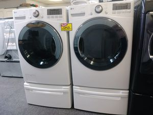 LG WASHER AND DRYER BOTH STEAM very clean in great working conditions for Sale in Baltimore, MD