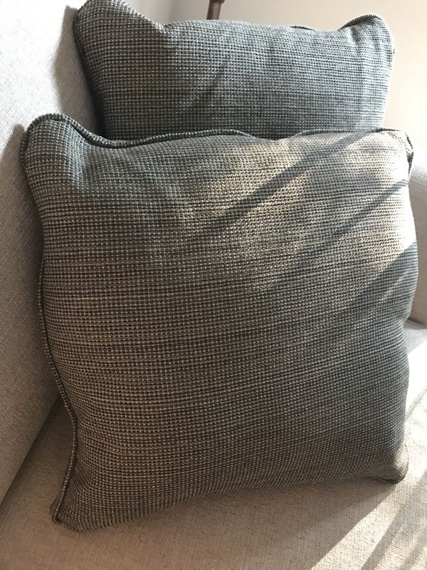 Ashley S Furniture Throw Pillow Set Catonsville Md