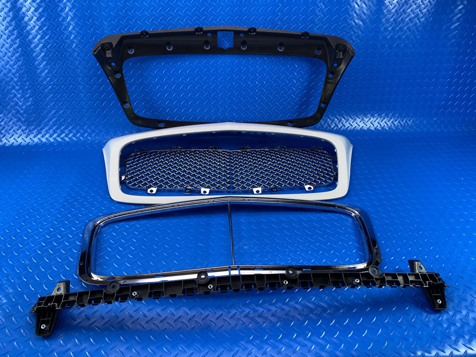 Bentley Continental Gt Gtc Flying Spur Main Grill