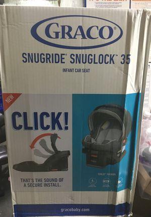 Grace Snugride Snuglock 35 Infant Car Seat For Sale In Detroit MI