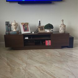 Living Room Furniture  Thumbnail