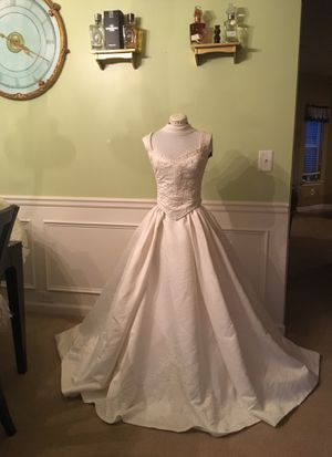 New and Used Wedding dresses for Sale in Marietta, GA - OfferUp