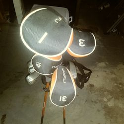 Maxfli junior golf set Thumbnail