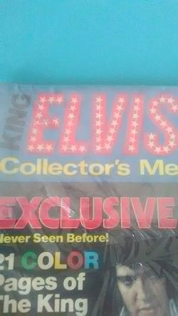 Elvis magazine with poster Thumbnail