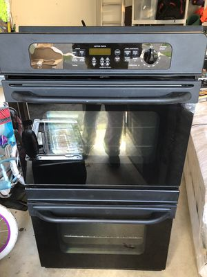 GE Double Oven Black Color for Sale in Chantilly, VA