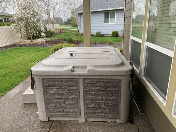 Hot Tub For Sale In Woodburn Or Offerup