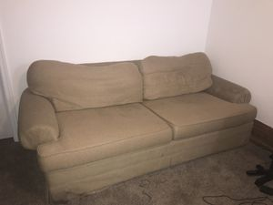 6' fabric couch for Sale in Frederick, MD