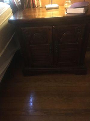 Dresser and nightstands for Sale in Schuyler, VA
