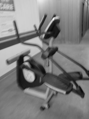 Pro form 600le Elliptical Workout for Sale in Fort Washington, MD