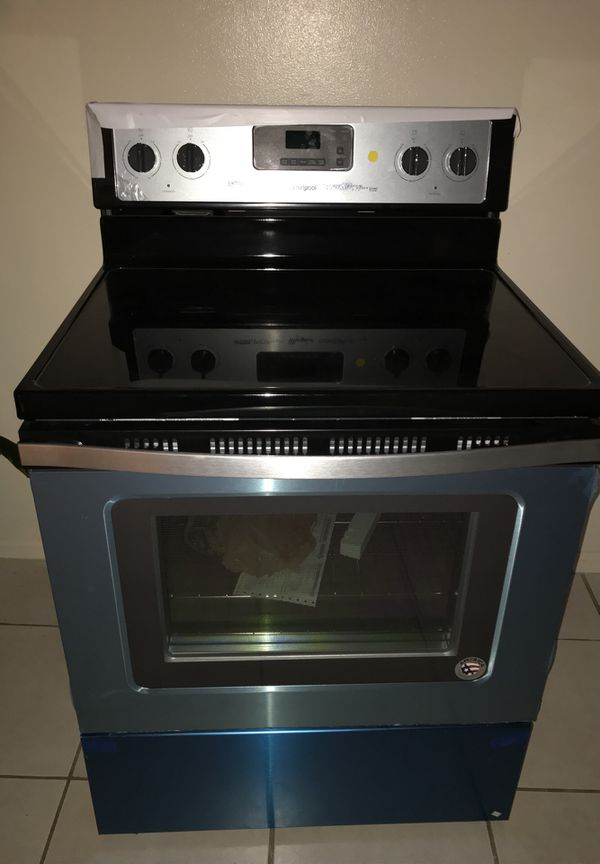 Brand New Electric Stove Stainless Steel Plastic Seal Still On