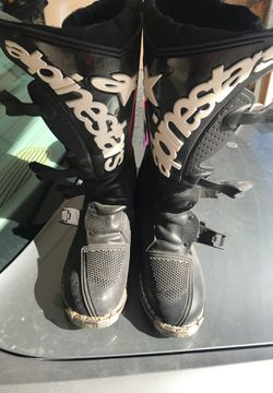 Motocross Boots. Brand new Alpine Star size 7 motocross boots. Mint condition. Thumbnail