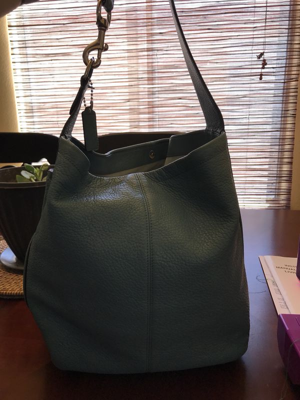 38211a5bfc Authentic Coach Leather Bag for Sale in Maricopa