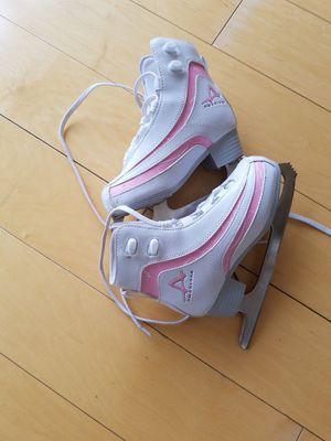 Gorls ice skates 3-4 for Sale in Arlington, VA