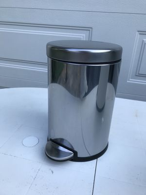 $12 - Bathroom Trash Can by Simple Human for Sale in Rockville, MD