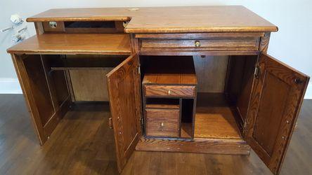 Wooden Desk Thumbnail