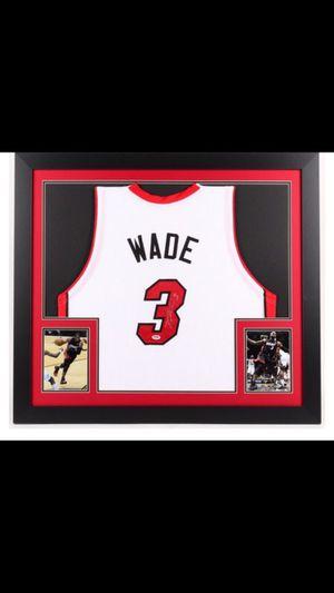 "Dwayne Wade Signed Miami Heat 31""x 35"" Custom Framed White Home Jersey (PSA COA) for Sale in Glendale, AZ"