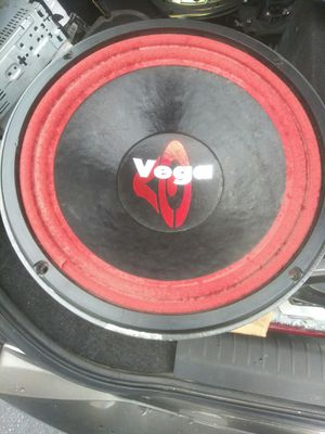 Photo Cerwin Vega 10 inch 1000 watt subwoofer.
