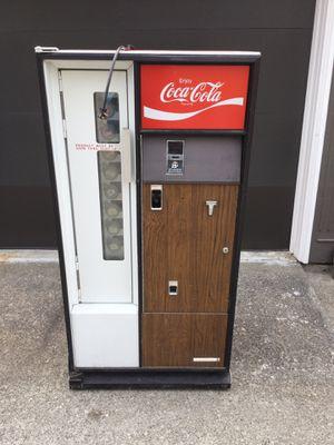 Vintage Coca-Cola machine for Sale in Seattle, WA