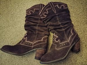 a53c395ea Brown pink suede cowgirl boots for Sale in Port St. Lucie