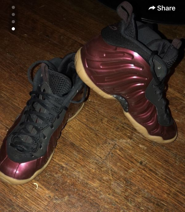 finest selection b0823 a1fe3 Peanut butter jelly foams for Sale in Indianapolis, IN - OfferUp