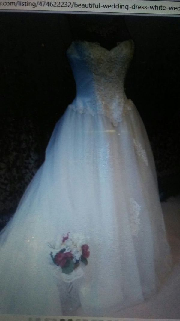 Beautiful wedding dress lace ball gown long train dress intricate ...