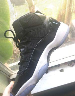 """Air Jordan 11 Retro """"Space Jam"""" size 7.5 WOMEN for Sale in Tampa, FL"""