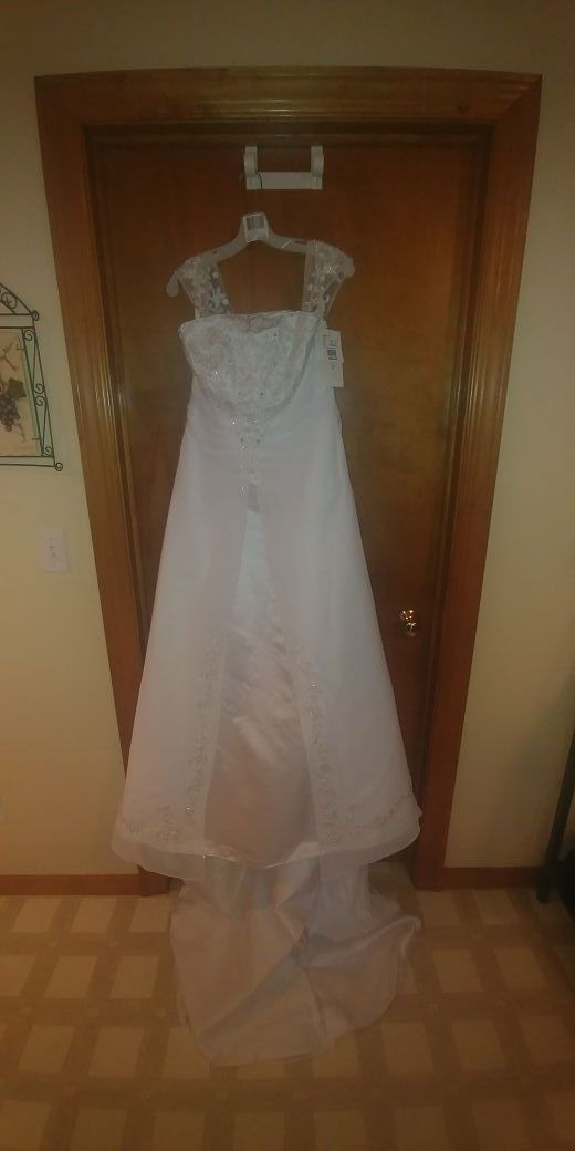 New And Used Wedding Dress For Sale In Appleton Wi Offerup