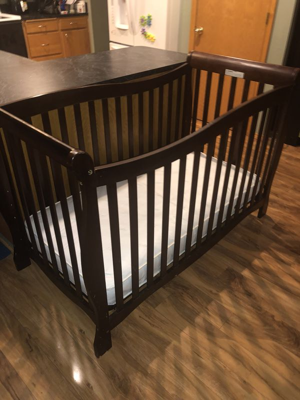Carters Child Of Mine Brookline Convertible 4 In 1 Crib And Mattress