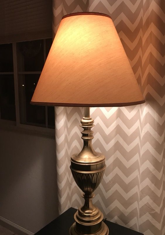 Moving Sale Vintage Solid Brass Table Lamp 35 Inches Tall Very