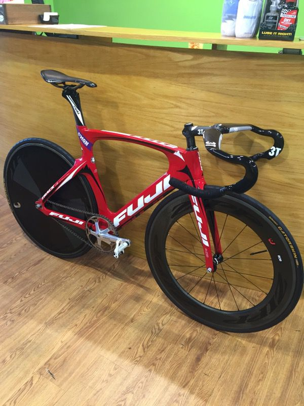 Full carbon track bike frame for Sale in Washington, DC - OfferUp