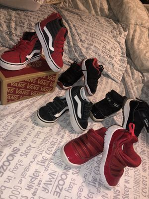 Photo Baby Jordan's & baby vans