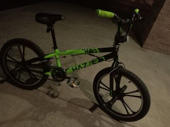 "Hazard Madd Gear Mag Wheels BMX Bike 20"" w/ Front and Rear Pegs   Thumbnail"