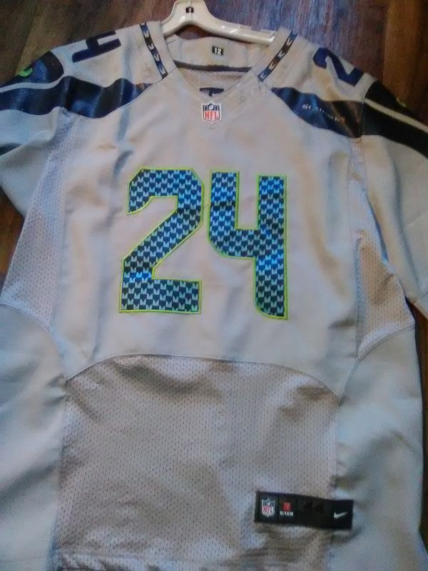 timeless design e9f23 a9a7f Marshawn Lynch authentic Jersey for Sale in Olympia, WA - OfferUp