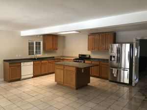 New And Used Kitchen Cabinets For Sale In Oxnard Ca Offerup