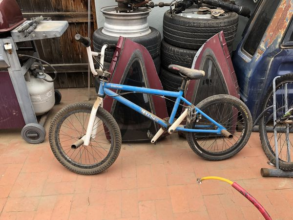 Bully bmx bike  for Sale in Phoenix, AZ - OfferUp