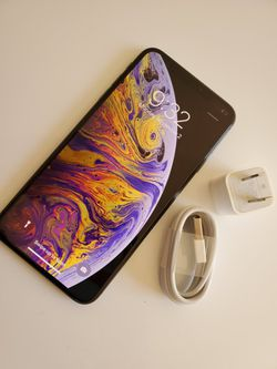 iPhone XS Max  , Unlocked for All Company Carrier, Excellent Condition like New Thumbnail