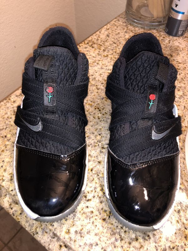 72706904232f Nike Lebron soldier 12 tuxedo edition 1y for Sale in Salem