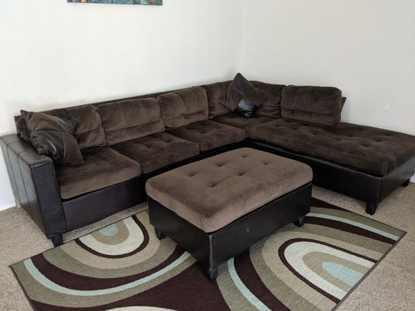 Stupendous Walter E E Smithe Sectional With Ottoman Furniture In Dailytribune Chair Design For Home Dailytribuneorg