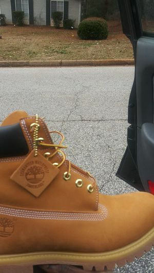 Every size Mens timberlands (butter or black) for Sale in Lithonia, GA