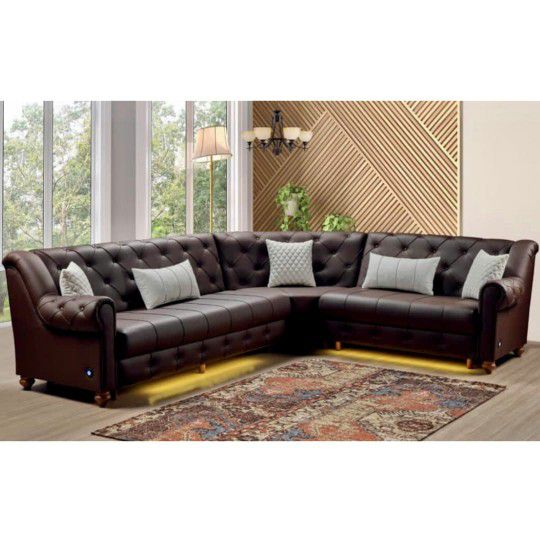 New Brown Leather Sectional With Pillows $1575