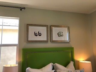 Bed Set Plus Wall Decor