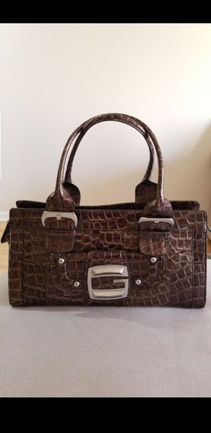 Guess leather brown handbag for Sale in Vienna, VA