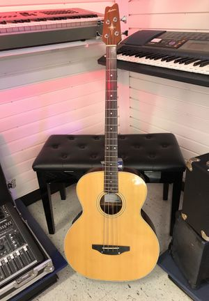 Montana acoustic guitar for Sale in Orlando, FL