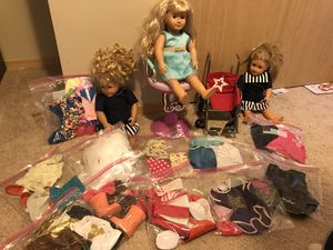 Baby dolls and lots of asseseries and wardrobe for Sale in Lake Stevens, WA